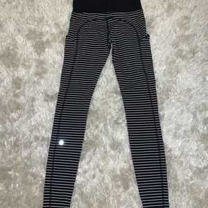 Black and white stripped Lululemon size 6